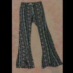 ★ FULL TILT Floral Flare Pants★